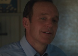 Clark Gregg - Very Good Girls
